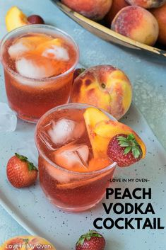 This sparkling peach vodka cocktail uses fresh peaches and peach vodka with a bit of grenadine and lime to create the best summer cocktail! // peach vodka drinks // summer cocktails with vodka // peach flavored alcoholic drinks Peach Alcohol Drinks, Peach Drinks, Alcohol Drink Recipes, Vodka Recipes, Summer Drinks, Flavored Vodka Drinks, Vodka Cocktails, Drinks With Vodka, Alcoholic Drinks Vodka