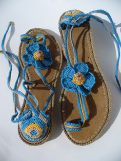 Himalayan Blue Poppies  Crochet sandals created by LeeLu