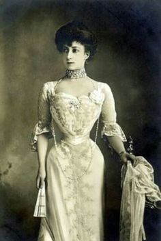 Queen Maud of Norway. That corset was pulled really tight!