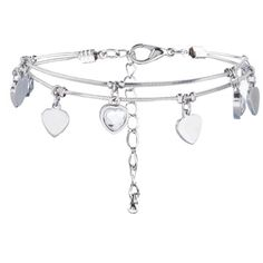 New Look Silver Heart Charm Bracelet (€2,56) ❤ liked on Polyvore featuring jewelry, bracelets, jewelry/accessories, silver, heart charm bracelet, silver jewelry, heart charms, clasp charms and silver heart bangle