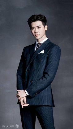 He's so handsome Lee Jong Suk Cute, Lee Jung Suk, Lee Jong Suk Wallpaper, Doctor Stranger, W Two Worlds, Hallyu Star, Cha Eun Woo, Bae, Cute Actors