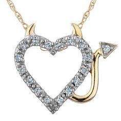 Pendentif coeur-diable en argent sterling plaqué or jaune sertis de diamants totalisant 0.05 Carat Pureté:I Couleur:GH - Chaîne couleur argent incluse