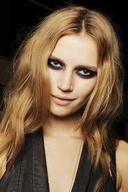 runway grunge makeup 2