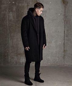 That #allblack #coat