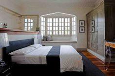 Brisbane art deco apartment, bedroom by Gary Hamer Interior Design. Photo www.blixphotography.com