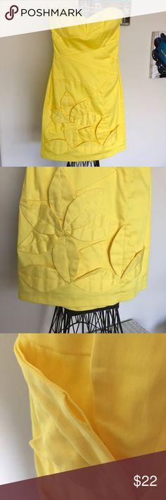 B. Darlin Yellow Dress B. Darlin Yellow strapless dress | Size 3/4 Flower detail on front (one petal with loose stitching down in picture) Back zip closure Worn once, good condition B Darlin Dresses Strapless