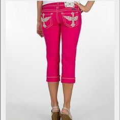 Miss me bright pink capris. Like new. Adorable Miss me bright pink capris. Adorable and like new. Miss Me Jeans Ankle & Cropped