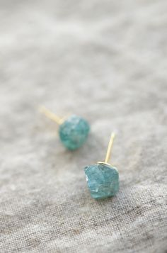 Learn how to make these gorgeous DIY Raw Stone Earrings in under five minutes.