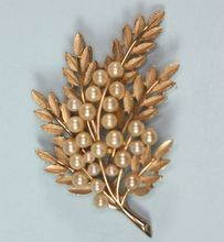 Vintage Glass Pearl Brooch Trifari Leaf Design