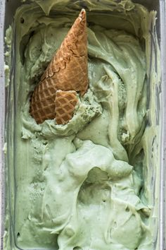 Avocado And Lime Ice Cream, Prop Problems And Feeling Lost - Cook Republic Mint Green Aesthetic, Cream Aesthetic, Verde Vintage, Lime Ice Cream, Green Theme, Sage Green Wallpaper, Cooking Ice Cream, Shades Of Green, Web Design