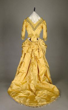 Evening dress, House of Worth (French, 1858–1956) , Charles Frederick Worth (French (born England), Bourne 1825–1895 Paris), ca. 1888