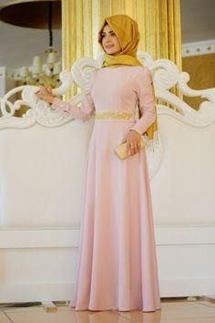 Pınar Şems - Beli Nakışlı Elbise Pudra
