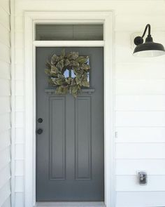 Dark blue front door colors curb appeal 48 Ideas for 2019 Dark Grey Front Door, Gray Front Door Colors, Exterior Door Colors, Modern Front Door, House Front Door, Exterior Doors, Stucco Colors, Colored Front Doors, Colored Door
