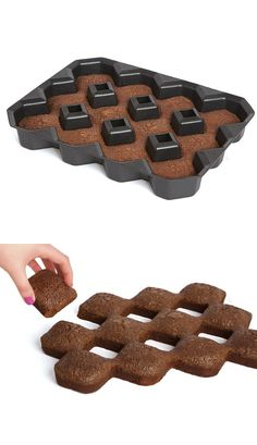 Brownie pan for the perfect crisp edges