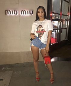 Only way is up, we ain't goin down Outfit deets over on my - Chill Outfits, Dope Outfits, Night Outfits, Cute Casual Outfits, Stylish Outfits, Spring Outfits, Fashion Outfits, Miami Outfits, Looks Chic