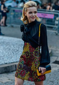 street-style-gotic-chic-blouse