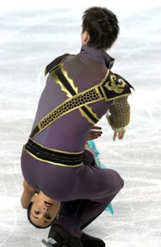 The coveted figure skating trick: Partner-poop