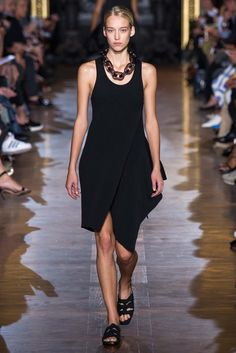 Stella McCartney Spring 2015 Ready-to-Wear - Collection - Gallery - Look 21 - Style.com