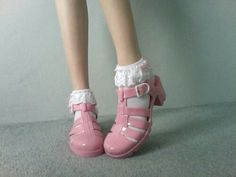 Socks and sandals! Love the pink jelly shoes