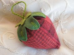 Pin Cushion Strawberry Green Felted Wools Not by GeorgiaStr