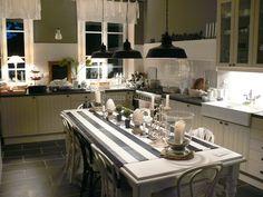 Ma cuisine/My kitchen