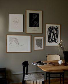 Inspiration Wall, Interior Inspiration, Dark Painted Walls, Nordic Design, New Wall, Beautiful Wall, White Art, Black White, Abstract Wall Art