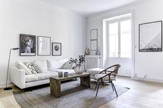 Tämän Tukholmassa sijaitsevan kaksion tyylissä on jotain todella rauhoittavaa tunnelmaa. Yleisilme kunnioittaa asunnon vanhoja piirteitä, samoin kuin vanhat puiset kalusteet. Kiiltävät metalliset yksityiskohdatja elegantit modernit pinnat tuovat taas omallailmeellään monipuolisuutta kokonaisuuteen. Harmaan ja valkoisen hallitsema värimaailma saa kaivattua kontrastia rouheista puupinnoista. Kompaktikeittiö sijaitsee tilan takaseinällä, josta se nousee ajattoman harmaan sävyn myötä…