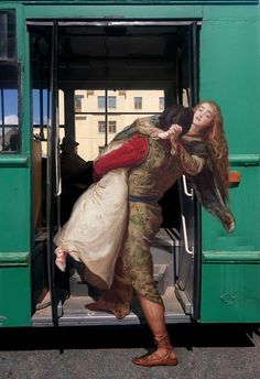 Ukranian multimedia artist Alexey Kondakov flexes his Photoshop prowess taking characters from classical paintings and transporting them to everyday scenes in his series 'Art History. Renaissance Kunst, Renaissance Paintings, Art Memes, Arte Van Gogh, Art Du Collage, Mona Lisa, Art Et Architecture, Art Antique, Multimedia Artist