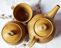 """25 kedvelés, 1 hozzászólás – Ceramiss Ceramic (@ceramiss) Instagram-hozzászólása: """"Eljött az esti nagy teázások ideje. A teáskanna formáját a hétvégi vásáromba sokat dicsérték,…"""" Oct 30, Measuring Cups, Ceramics, Instagram Posts, Ceramica, Pottery, Measuring Cup, Ceramic Art, Measuring Spoons"""