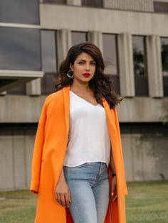 The very sexy Priyanka Chopra conquering the world one day at a time. Bollywood Images, Bollywood Girls, Bollywood Actress, Indian Celebrities, Bollywood Celebrities, Quantico Priyanka Chopra, New York Times, Fashion Models, Fashion Outfits