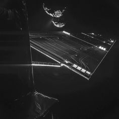 Rosetta spacecraft selfie with comet By Deborah Byrd Via ESA/Rosetta/Philae/ CIVA. Rosetta spacecraft 'selfie' with comet imaged Image via ESA/Rosetta/Philae/CIVA. Cosmos, Space Photos, Space Images, Rosetta Spacecraft, Rosetta Mission, Selfies, Snap Selfie, Die 100, Awesome