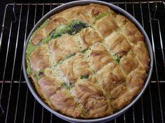 Sugarprincess: Spinatpastete - Spanakopita - Filoteig mit gefüllt mit Spinat und Schafskäse - http://sugarprincess-juschka.blogspot.de/2013/04/spinatpastete-spanakopita-mit.html