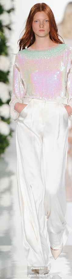 Valentin Yudashkin Collection  Spring 2015 Ready-to-Wear