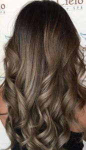 Most popular Hair color ideas trends to try - Fashion Brown Hair Tones, Brown Hair Balayage, Brown Hair With Highlights, Brown Hair Colors, Hair Color Dark, Blonde Color, Hair Colour, Tortoise Shell Hair, Pretty Hairstyles
