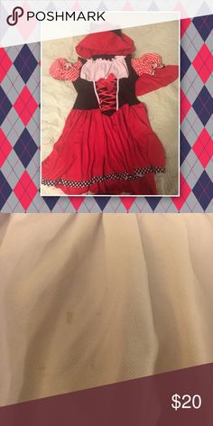 Plus Size Halloween Costume fits size 18/20 EUC This does not have a size on the tag. It fits an 18/20 snug but not too snug. Worn once, and spot cleaned so ensure the colors did not bleed. Thick fabric, well made, and definitely a high quality item. Dresses Mini
