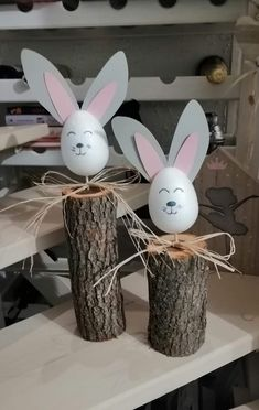 Cemetery Decorations, Toilet Paper Roll Crafts, Driftwood Art, Easter Crafts, Projects For Kids, Animals And Pets, Gift Wrapping, Jar, Outdoor Decor