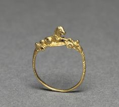 Ring, 100-200       Italy, Roman, 2nd Century   gold, Diameter - w:2.00 cm (w:3/4 inches). Gift of Mr. and Mrs. J. H. Wade 1916.101 Cleveland art mus