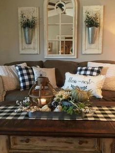 33 Wonderful Elegant Modern Farmhouse Living Room Decor Ideas And Makeover. If you are looking for Elegant Modern Farmhouse Living Room Decor Ideas And Makeover, You come to the right place. Country Farmhouse Decor, Rustic Decor, Modern Farmhouse, Farmhouse Style, Farmhouse Ideas, Farmhouse Design, Country Style, Rustic Style, French Country