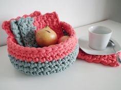 Crochet Basket  + Coasters, inspiration Tarn {T-shirt Yarn}. http://www.tarnsa.co.za/