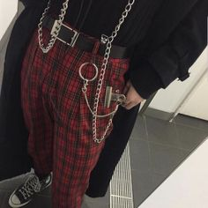Korean Fashion – How to Dress up Korean Style – Designer Fashion Tips Grunge Outfits, Edgy Outfits, Girl Outfits, Fashion Outfits, Fashion Tips, Summer Outfits, Fashion Mode, Aesthetic Fashion, Aesthetic Clothes