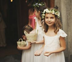 Too young for Junior Bridesmaid and too told for Flower Girl? Flower Girls, Flower Girl Wreaths, Flower Girl Dresses, Flower Crowns, Chic Wedding, Wedding Styles, Dream Wedding, Tan Wedding, Bridesmaid Flowers
