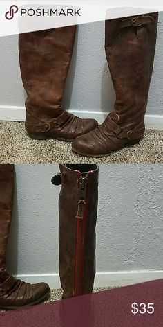 Cute leather brown boots- unity by Carlos Santana Brown leather boots super cute with dress or jeans! Very comfortable size 6.5 women's they zip up in the back as seen in picture.. have been worn several times but still in really good condition. Carlos Santana Shoes Heeled Boots
