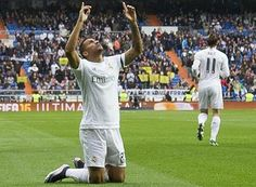 Madrid Disindir Pique, Pemain ini Tak Peduli
