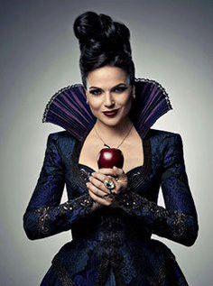 Lana Parrilla in Entertainment Weekly Entertainment Weekly, Once Upon A Time, Evil Queen Costume, Fall Tv, Fantasias Halloween, Evil Queens, Regina Mills, Hemlock Grove, Jennifer Morrison