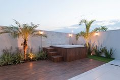 4 Fabulosas Residências – Habitare Wooden Garden Edging, Home Spa, House Design, Patio, Outdoor Decor, Home Decor, Modern Residential Architecture, At Home Spa, Ladder