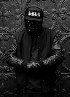 SSUR, fashion, black. dark