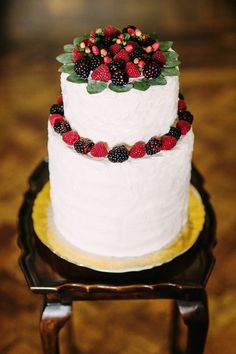 2 Tier Wedding Cake with Berry Topper - A Breathtaking Colonial Wedding Styled Shoot in Lima