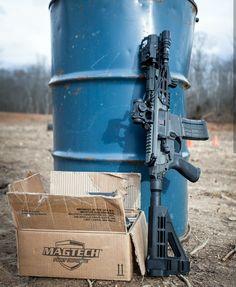Military Weapons, Weapons Guns, Guns And Ammo, Sig Mcx, Firearms, Shotguns, Light Machine Gun, Gun Vault, Ar Pistol