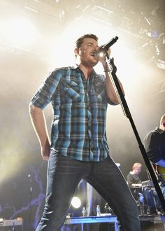 Chris Young In Concert - New York, New York / 12
