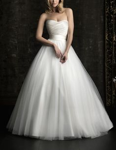 Cheap Price ! 2014 New Free Shipping A Line Sweetheart White / Ivory Wedding Dresses OW 2040 In Stock